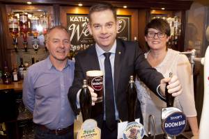 MP drops in for a pint at the new Castle Inn, Cawood